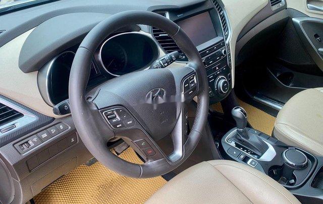 Bán Hyundai Santa Fe năm sản xuất 2018, màu trắng, giá tốt6