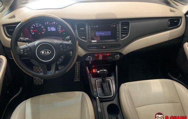Cần bán xe Kia Rondo GATH sản xuất năm 2018, màu trắng4