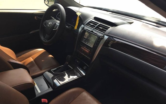 Bán xe Toyota Camry sản xuất năm 2018, màu nâu, nhập khẩu nguyên chiếc5