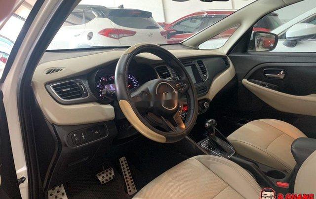 Cần bán xe Kia Rondo GATH sản xuất năm 2018, màu trắng2