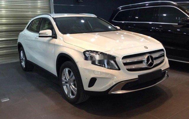 Bán Mercedes sản xuất năm 2014, nhập khẩu nguyên chiếc còn mới, 800 triệu0