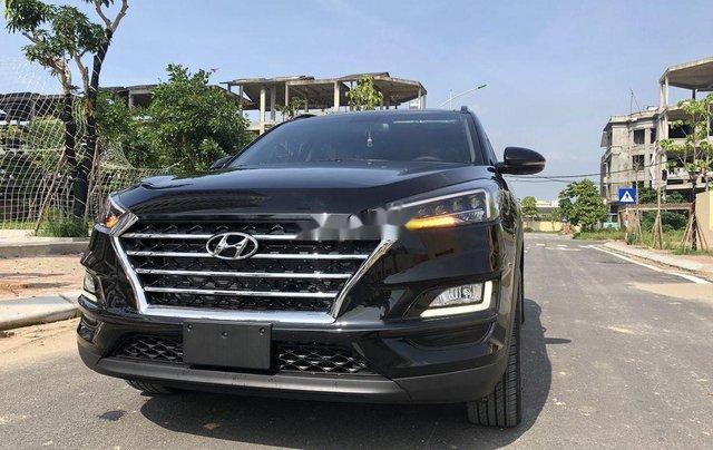 Bán xe Hyundai Tucson sản xuất năm 2020, màu đen, 850tr0