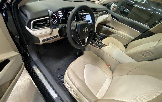 Bán Toyota Camry năm sản xuất 2020, màu đen, nhập khẩu nguyên chiếc2