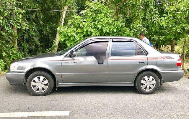 Cần bán Toyota Corolla năm sản xuất 2004, màu xám, xe nhập 1