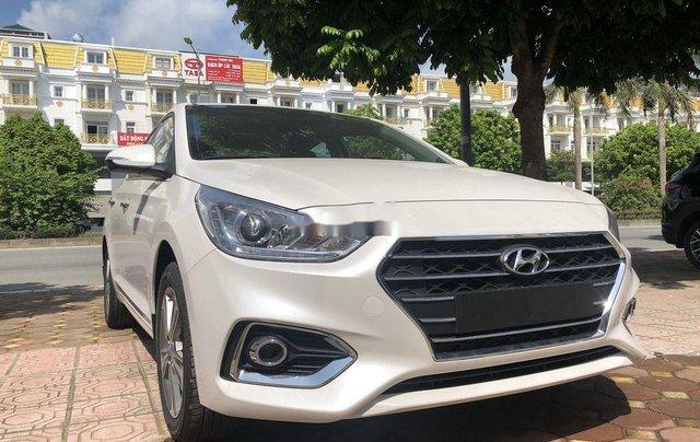 Cần bán xe Hyundai Accent đời 2020, màu trắng1