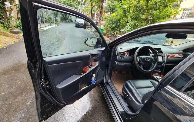 Bán ô tô Toyota Camry 2.5Q đời 2014, màu đen, chính chủ, 745tr5