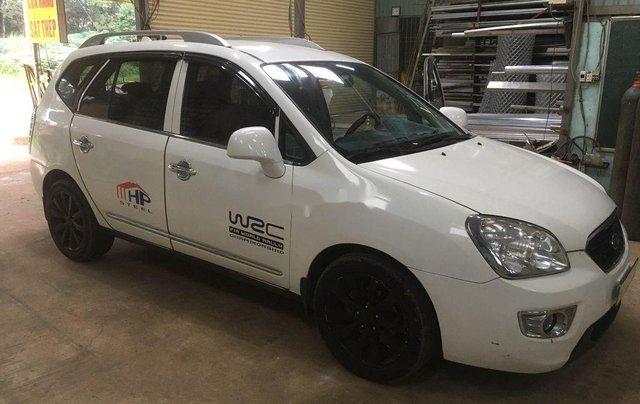 Cần bán gấp Kia Carens 2013, màu trắng, xe chính chủ3