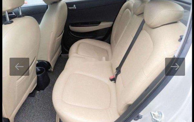 Cần bán Hyundai i20 đời 2011, màu bạc, nhập khẩu3