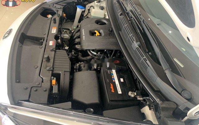 Cần bán xe Kia Rondo GATH sản xuất năm 2018, màu trắng8