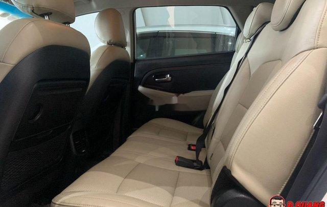 Cần bán xe Kia Rondo GATH sản xuất năm 2018, màu trắng3