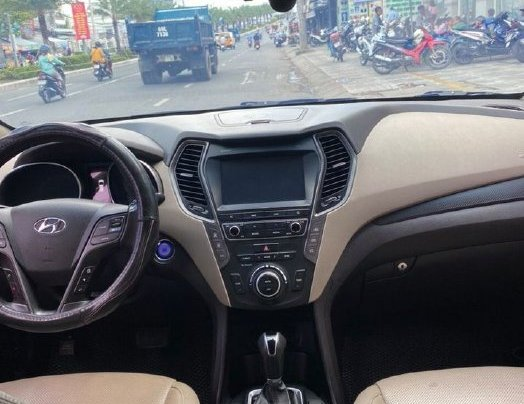 Bán gấp chiếc Hyundai Santa Fe năm sản xuất 2019, xe còn mới, giá ưu đãi4