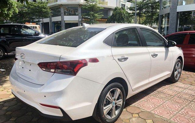 Cần bán xe Hyundai Accent đời 2020, màu trắng4