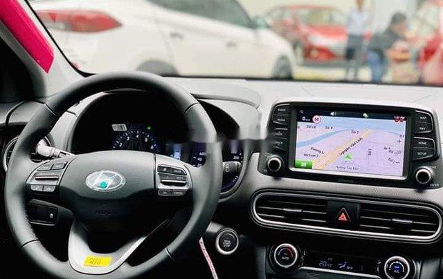 Cần bán xe Hyundai Kona sản xuất năm 2020, giao xe nhanh 1