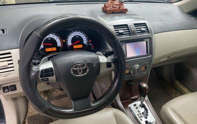 Bán Toyota Corolla Altis đời 2011, màu đen10