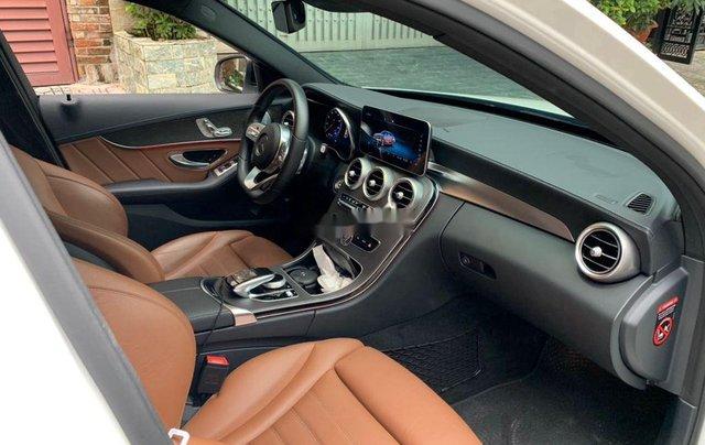 Cần bán lại xe Mercedes C class sản xuất năm 2019 còn mới6