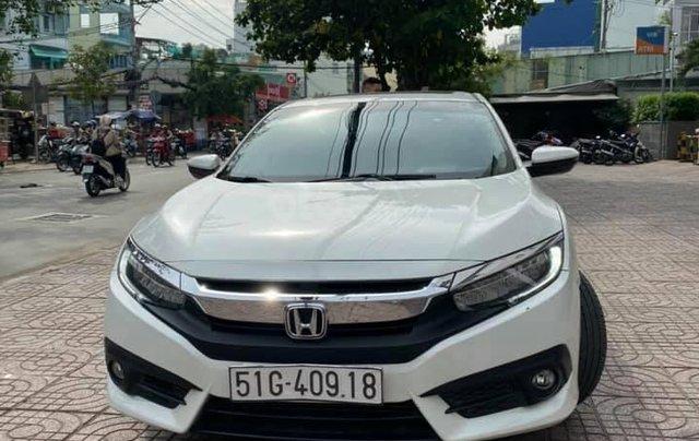 Cần bán Honda Civic 1.5 sản xuất 2017 màu trắng4