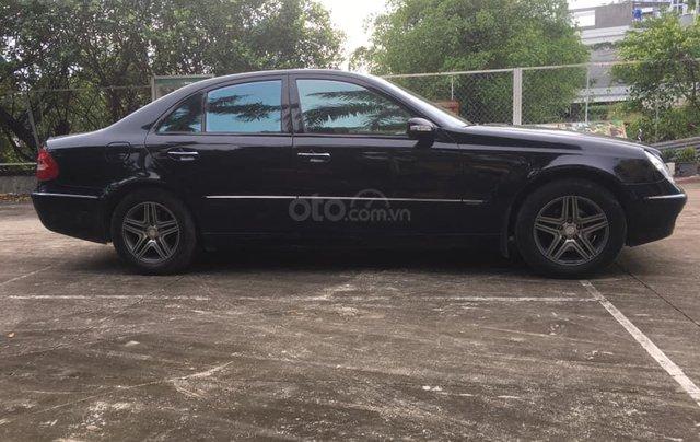 Cần bán Mercedes-Benz E class E240 SX 2004 màu đen3