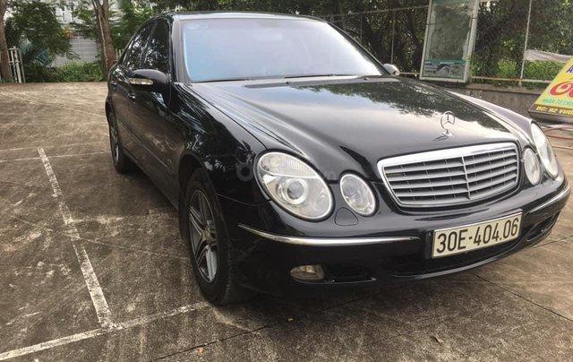 Cần bán Mercedes-Benz E class E240 SX 2004 màu đen2