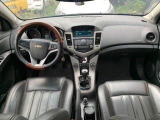 Chevrolet Cruze LT 2018 biển 17A, màu đen5