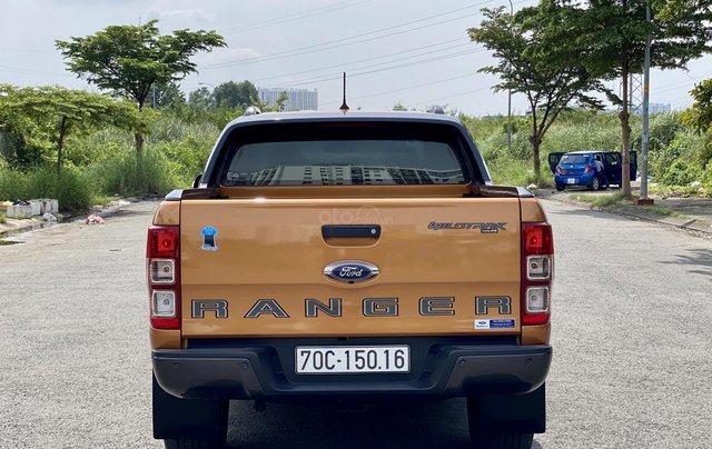 Bán Ford Ranger màu cam 2019 xe cực lướt, odo 8000km3