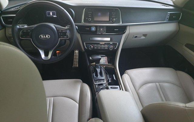Cần bán xe Kia Optima 2.0 GATH sản xuất 2017, màu xanh đen, giá 680tr15