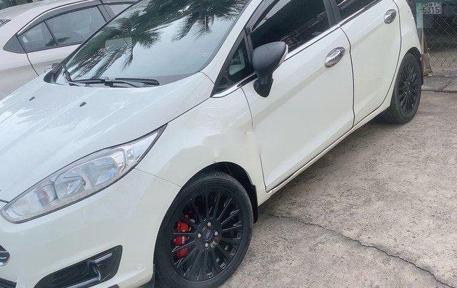 Chính chủ bán Ford Fiesta S năm 2014, màu trắng, bản full4