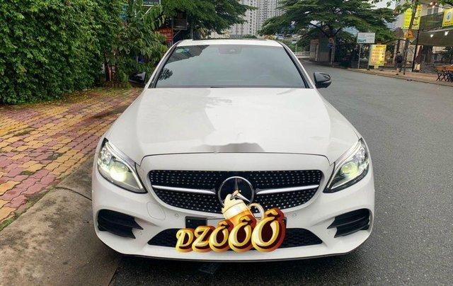 Cần bán lại xe Mercedes C class sản xuất năm 2019 còn mới0