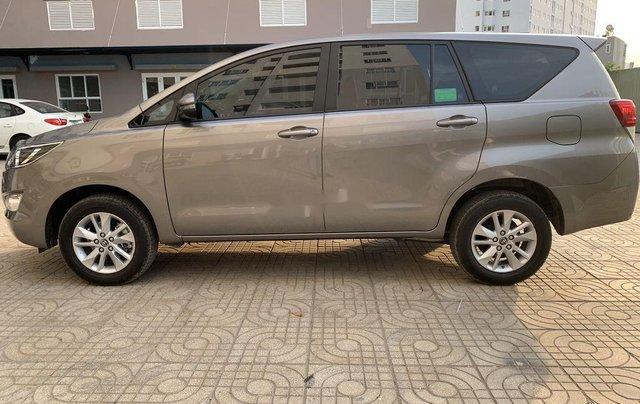 Cần bán xe Toyota Innova năm sản xuất 2019, xe nhập còn mới0