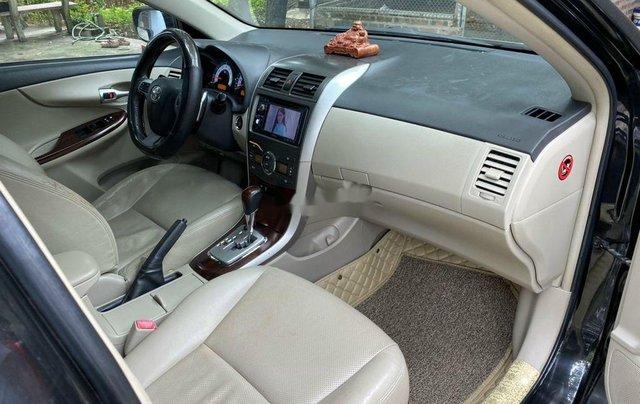 Bán Toyota Corolla Altis đời 2011, màu đen4