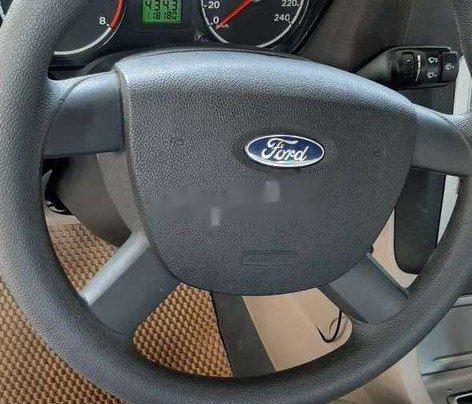 Nhà bán Ford Focus 2009, màu đen4