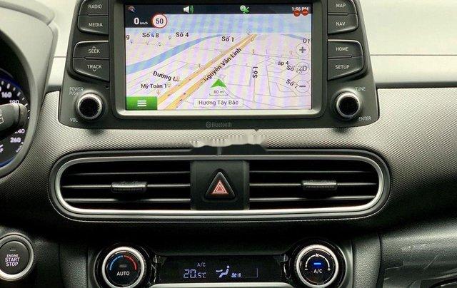 Cần bán xe Hyundai Kona sản xuất năm 2020, giao xe nhanh 3