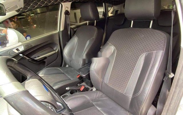Chính chủ bán Ford Fiesta S năm 2014, màu trắng, bản full7
