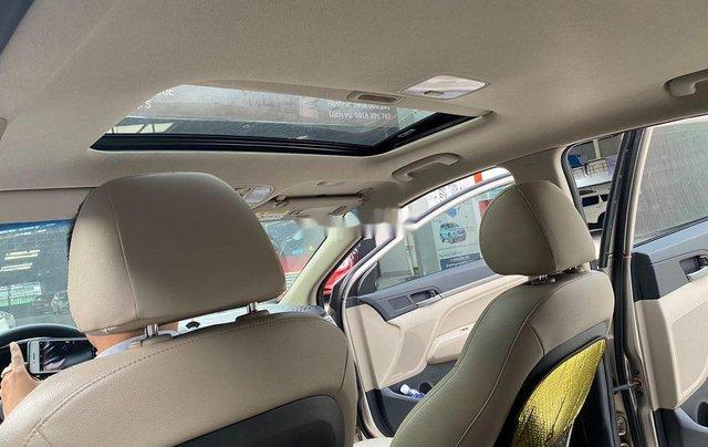Cần bán lại xe Hyundai Elantra sản xuất 2018, màu vàng số tự động, 578 triệu8
