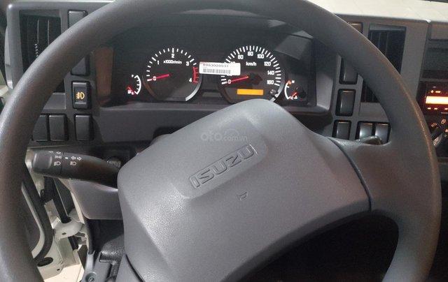 Xe Isuzu 5.7T thùng bạt 6.2m, KM tiền mặt 16.4tr, máy lạnh, 12 phiếu bảo dưỡng, radio MP36