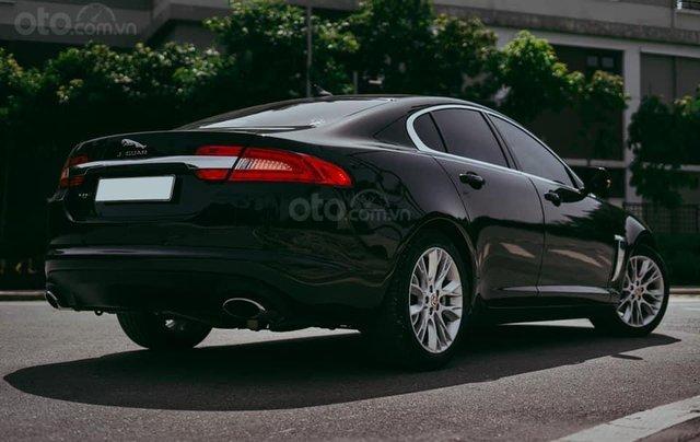 Jaguar XF sản xuất 2015, màu đen3