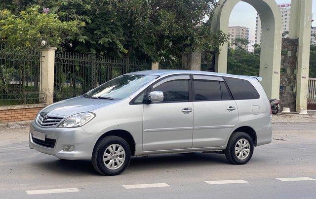 Chính chủ bán Toyota Innova G 2009, màu bạc, biển Hà Nội1