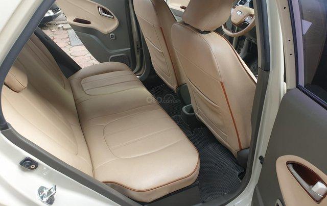 Cần bán lại với giá thấp chiếc Hyundai Grand i10 sản xuất năm 2017, xe chính chủ còn mới9