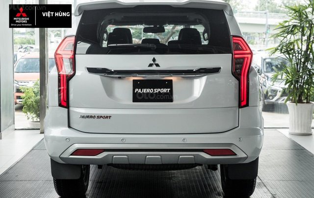 Mitsubishi Pajero Sport 2.4AT sản xuất 2020, nhập khẩu nguyên chiếc, giá tốt nhất miền Bắc4