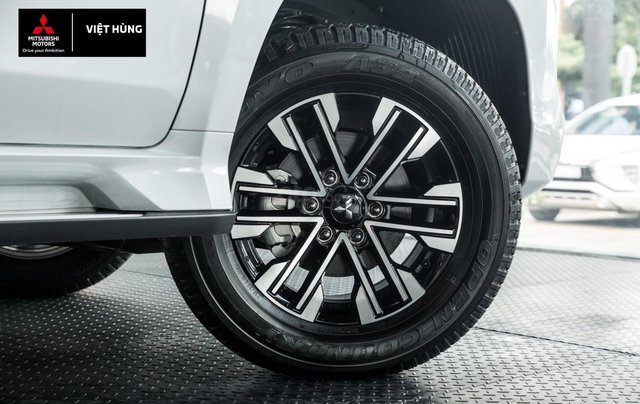 Mitsubishi Pajero Sport 2.4AT sản xuất 2020, nhập khẩu nguyên chiếc, giá tốt nhất miền Bắc6