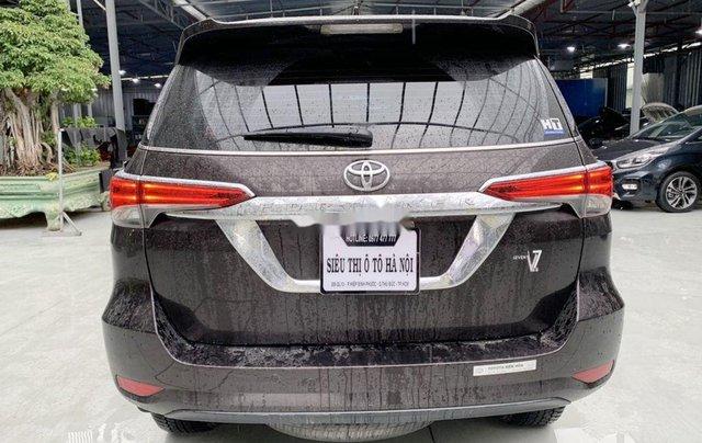 Bán Toyota Fortuner năm sản xuất 2018, màu nâu, xe nhập0