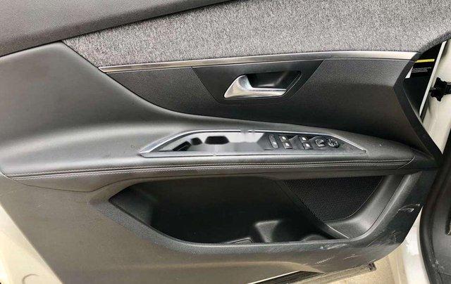 Bán Peugeot 3008 sản xuất năm 2018 còn mới4