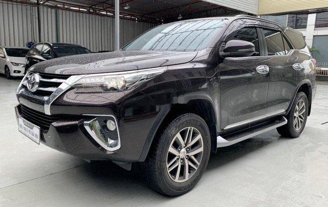 Bán Toyota Fortuner năm sản xuất 2018, màu nâu, xe nhập9