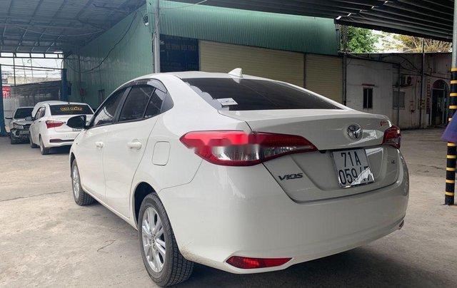 Cần bán lại xe Toyota Vios sản xuất 2018 còn mới4
