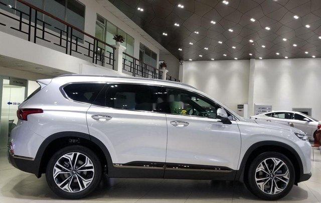 Bán Hyundai Santa Fe sản xuất 2019, màu bạc4