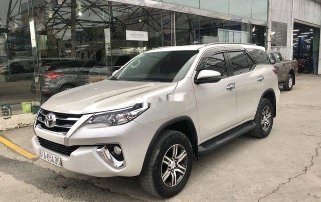 Cần bán Toyota Fortuner đời 2019, màu trắng, xe nhập số tự động, giá tốt2