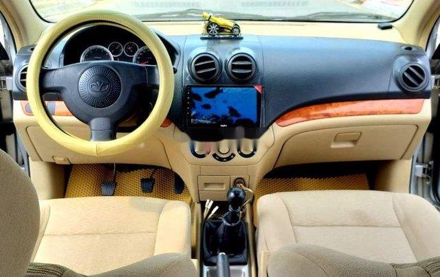 Bán ô tô Daewoo Gentra năm 2011, màu bạc xe gia đình6