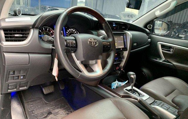 Bán Toyota Fortuner năm sản xuất 2018, màu nâu, xe nhập3