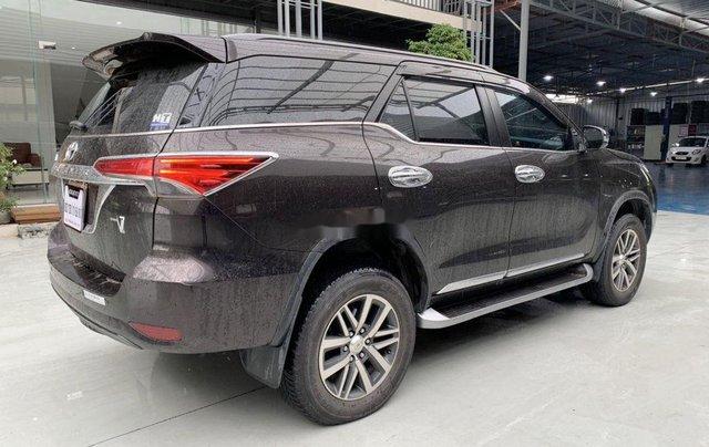 Bán Toyota Fortuner năm sản xuất 2018, màu nâu, xe nhập8
