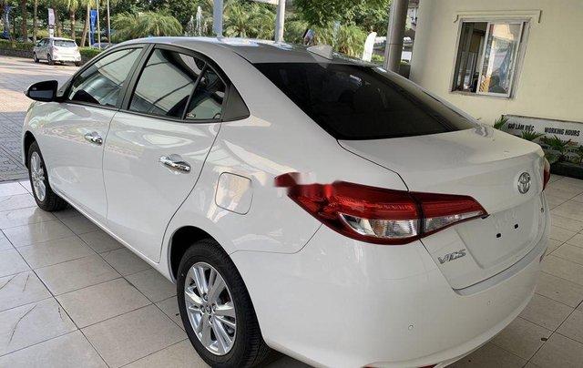 Bán Toyota Vios sản xuất 2020, màu trắng5