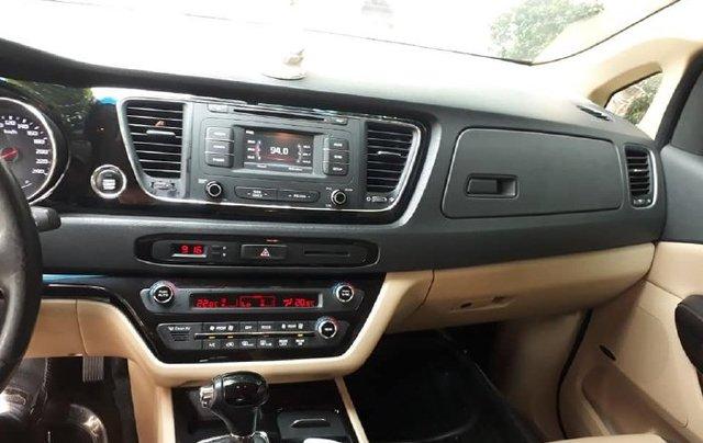 Cần bán xe Kia Sedona sản xuất năm 2015 còn mới, giá tốt7